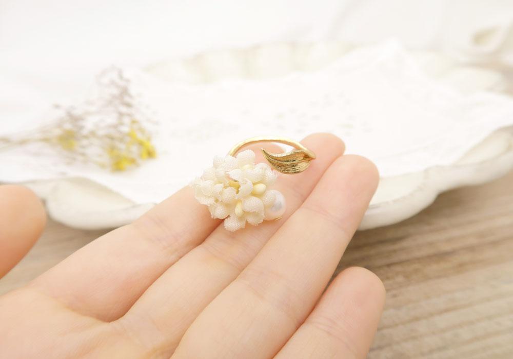 [Ayatorie]布花やかぎ編みのやさしいフラワーモチーフ